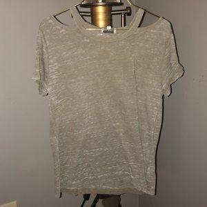 Women's Lucky Brand shirt. Size M.
